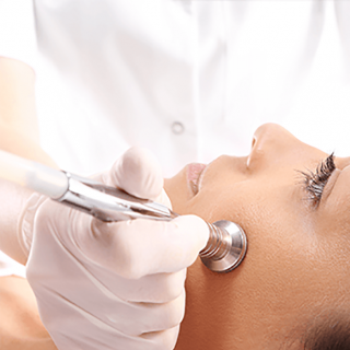 Introductie microdermabrasie / diamond peel (Introductie microdermabrasie / diamond peel)